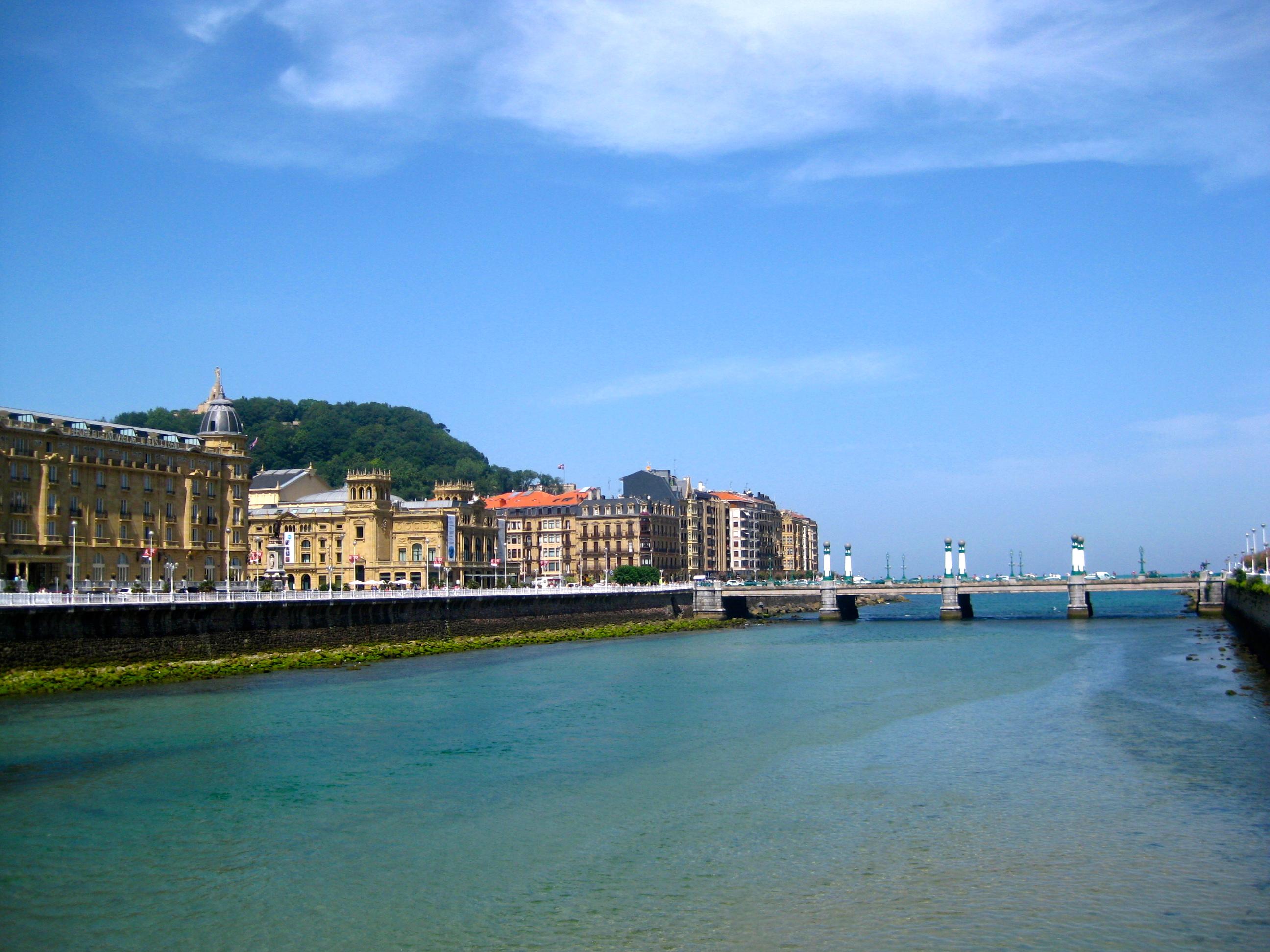 San Sebastian Spain Bohemian Vagabond Jacki Ueng