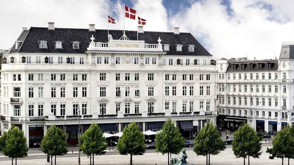 hotel_dangleterre_outside_summer_np_hotels