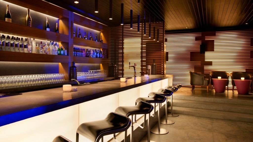 Kempinski Hotel Aqaba Red Sea Black Pearl Bar