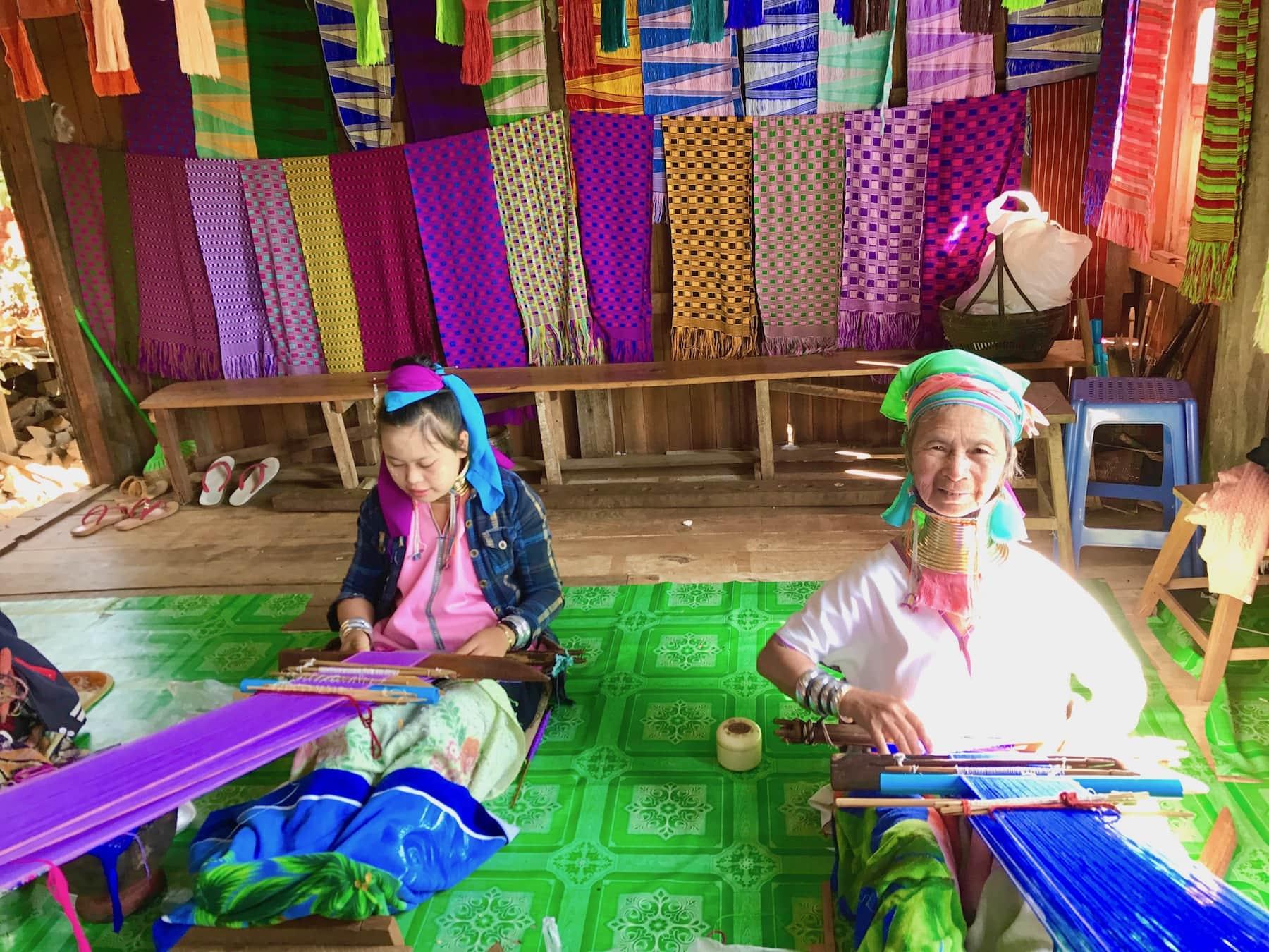 long neck tribe women burma