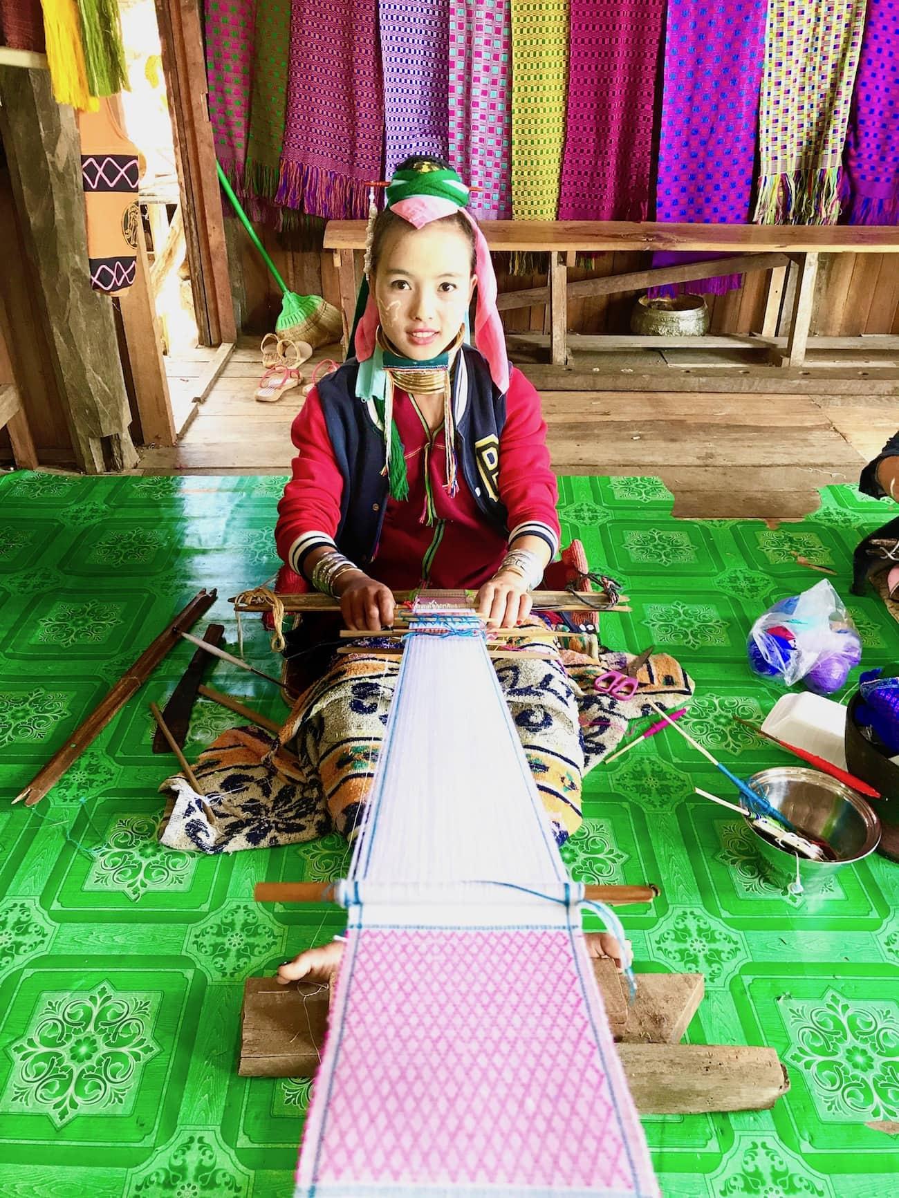 long neck tribe women myanmar