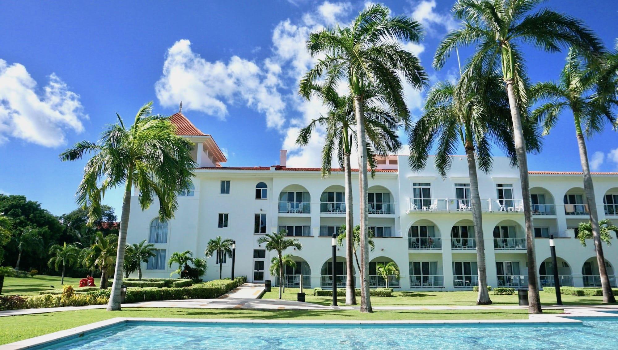 hotel riu palace playacar