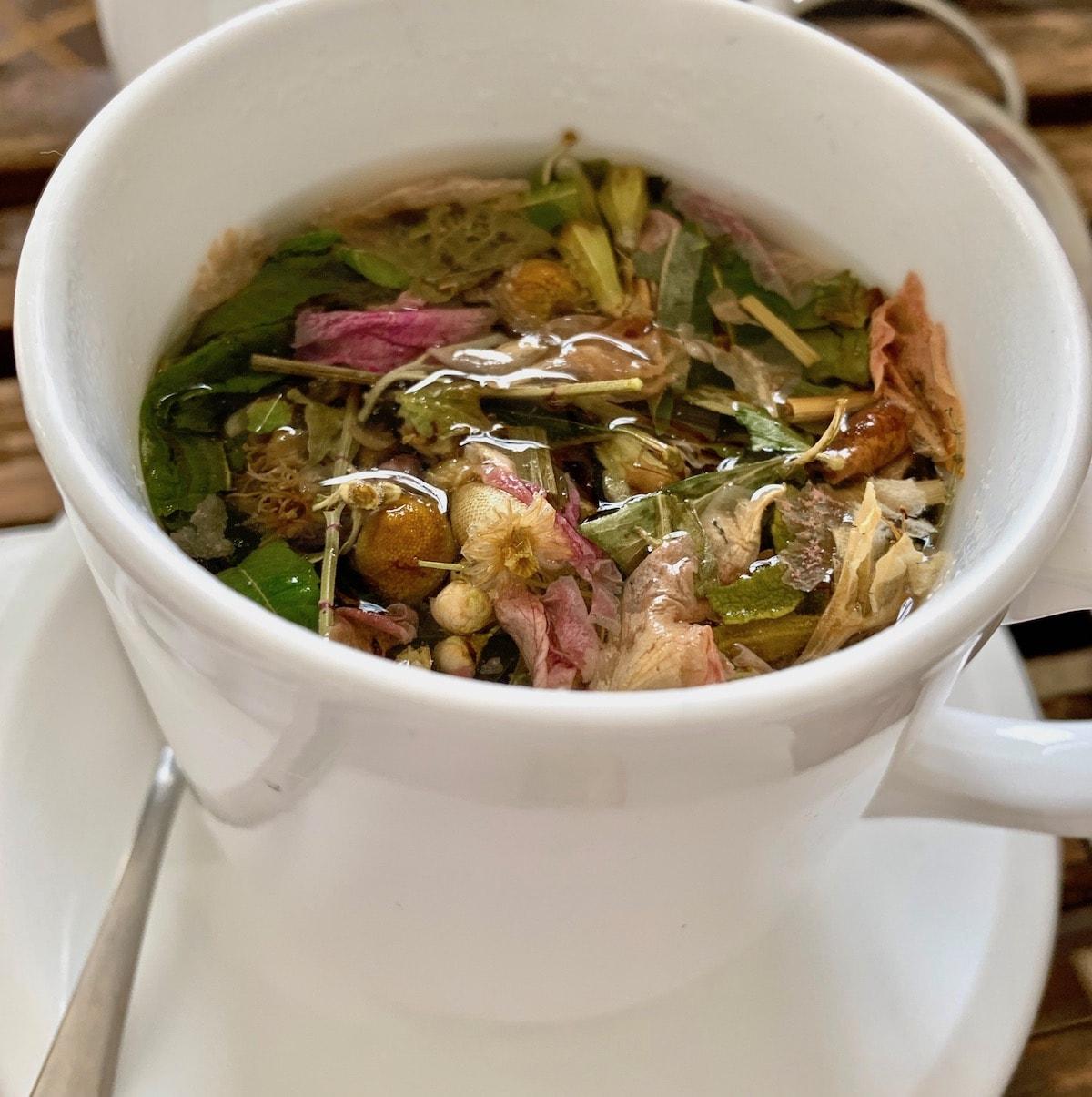 tawlet tea